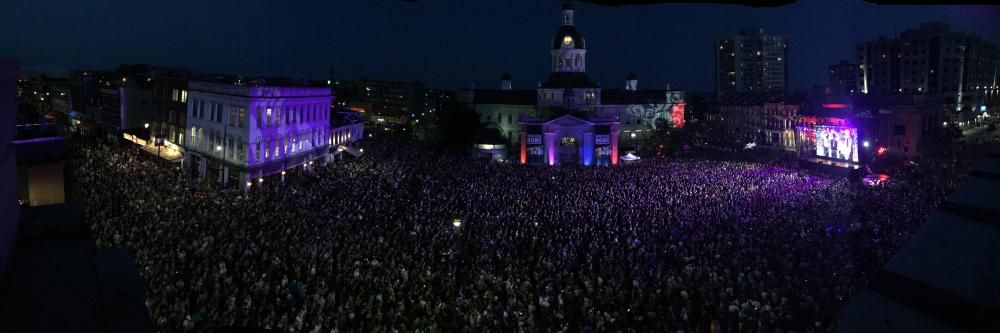 6861286_1491510826392_Hip in Kingston panoramic - Panoramic shot of the crowd during the Hip in Kingston concert
